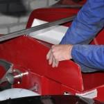 Passen en meten met polyesterplaatje en steun