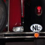 NL sticker gemonteerd op de bumper
